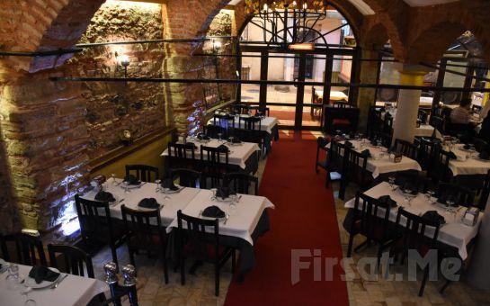 Kumkapı Tonoz Restaurant'ta İçkili, Sevgililer Günü Dahil Fasıllı Leziz Yemek Menüsü ve Doyasıya Eğlence Keyfi