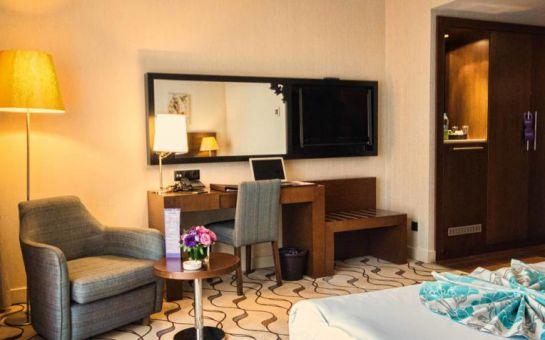 Şişli Listana Hotel'de 2 Kişi 1 Gece Konaklama ve Kahvaltı Keyfi
