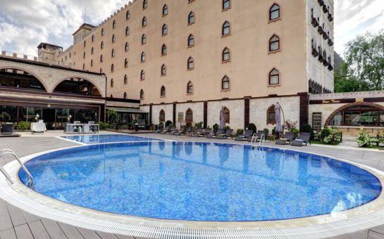 Suhan Cappadocia Hotel'de Bölge ve Balon Turu, Türk Gecesi Dahil Konaklama Paketleri!