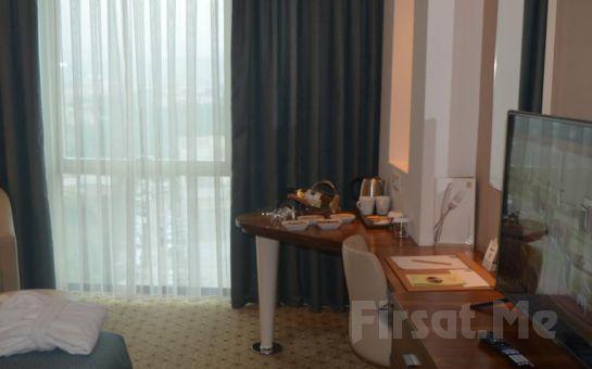 Bursa Baia Hotel'de 2 Kişi 1 Gece Konaklama ve SPA Keyfi