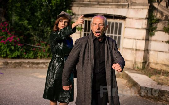 Genco Erkal'ın Uyarlayıp Yönettiği Güneşin Sofrasında - Nâzım ile Brecht Tiyatro Oyun Biletleri