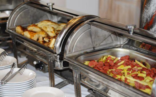 İstanbul Kumburgaz Ronax Hotel'de Pazar Günlerine Özel Serpme Kahvaltı Keyfi