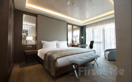 Haliç Clarion Hotel Golden Horn'da 2 Kişi 1 Gece Konaklama Keyfi