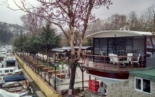 Anadoluhisarı Seria Marin Cafe, Restaurant'ta Göksu Nehri Manzaralı Öğle veya Akşam Yemeği Keyfi