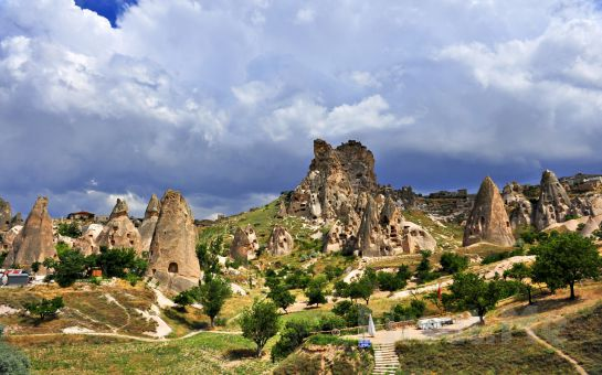 Sarıçamlar Turizm'den Kapadokya Suhan Otel Konaklamalı, Tur, Türk Gecesi ve Balon Turu Seçenekleri!