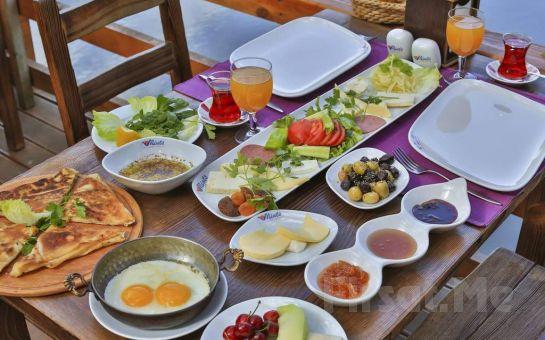 Göksu Nehri'nin Kıyısında Ağva Mints Hotel Restaurant'ta Sınırsız Çay Eşliğinde Serpme Köy Kahvaltısı Keyfi