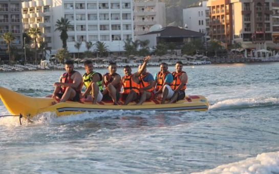 Marmaris'te Denizle Adrenalini Buluşturan Jet Ski, Banana, Ringo Su Eğlence Sporları