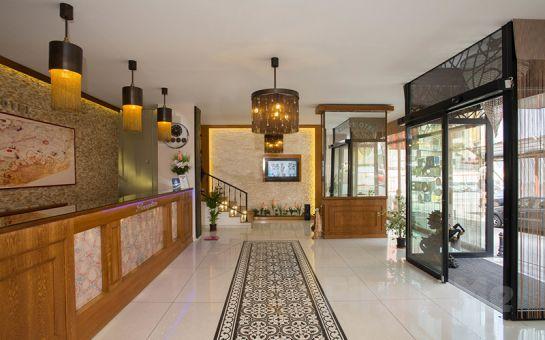 Kadıköy Zirve Otel'de Açık Büfe Kahvaltı Dahil Konaklama Keyfi