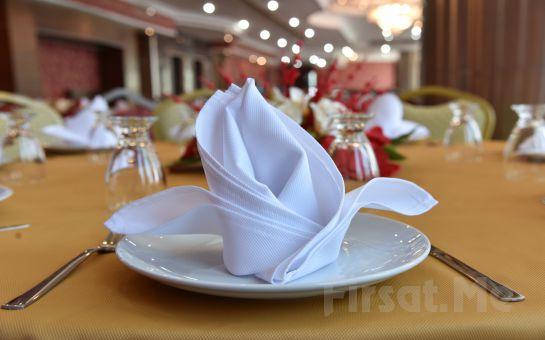 Etimesgut Laçin Park Teras Et-Balık Restorant'ta Canlı Müzik Eşliğinde İçecek Dahil Akşam Yemeği!