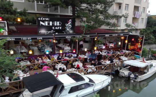 Anadolu Hisarı Göksu Nehir Restaurant'ta Canlı Fasıl Eşliğinde İftar Menüsü