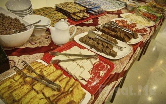 Beyoğlu Suiteness Otel'de Standart veya Suit Odalarda 2 Kişi 1 Gece Kahvaltı Dahil Konaklama Keyfi