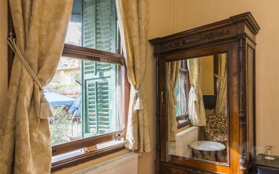 Büyükada Anastasia Meziki Otel'de Deniz veya Bahçe Manzaralı Odalarda Kahvaltı Dahil Konaklama Keyfi!