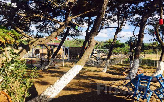 Atlıtur Gümüşdere Plajı Tesislerinde Kumsalda At Binme, Plaj Girişi, Gözleme ve Ayran fırsatı