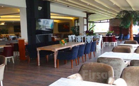 Yaşamkent No:3 Lounge Restaurant'ta Sınırsız Çay Eşliğinde Serpme Köy Kahvaltısı