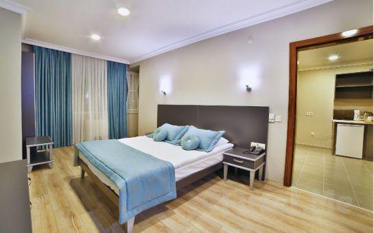 Adalar Manzaralı Şanlı Suit Hotel Maltepe'de Konaklama ve Kahvaltı Keyfi