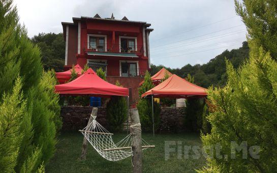 Ağva Heaven Hill Butik Otel'de Jakuzili ve Şömineli Odalarda 2 Kişilik Konaklama ve Kahvaltı Keyfi