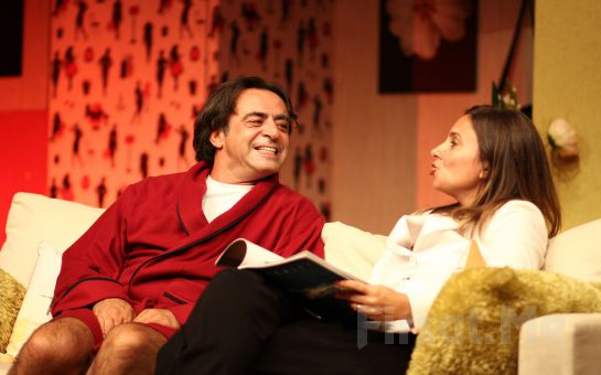 Levent Ülgen ve Goncagül Sunar'ın Performansları ile Yatak Odası Diyalogları Tiyatro Oyun Bileti