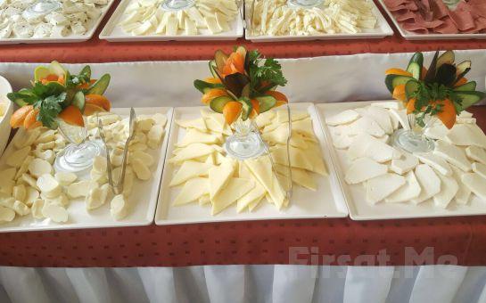 Cevizlibağ Kakao Lounge Cafe'de Serpme Kahvaltı veya 101 Çeşitten oluşan Açık Büfe Kahvaltı!