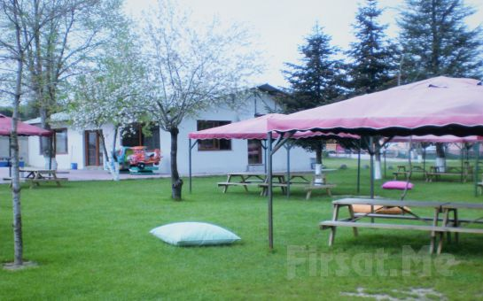 Polonezköy Nehir Park'ta Doğa ile İç İçe Serpme Kahvaltı Keyfi