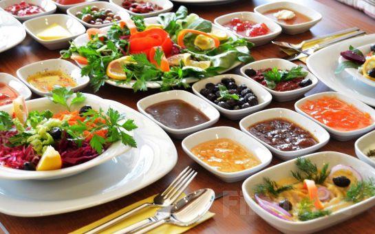 Damak Diyarı Tuzla ve Pendik Tüm Şubelerinde Geçerli Sınırsız Çay Eşliğinde 2 Kişilik Serpme Kahvaltı Keyfi