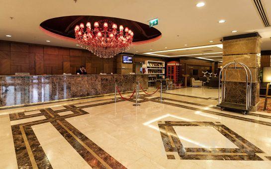 Alibaba Tour'dan, 5 Yıldızlı Ramada Plaza İzmit Otel'de 1 Gece Yarım Pansiyon Konaklamalı Kartepe Kayak Turu