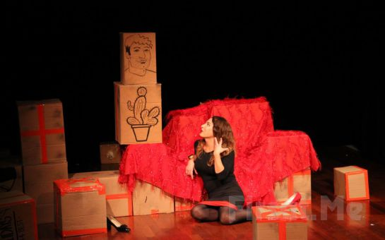 Seyhan Arman'dan Tek Kişilik Gösteri Küründen Kabare Biletleri