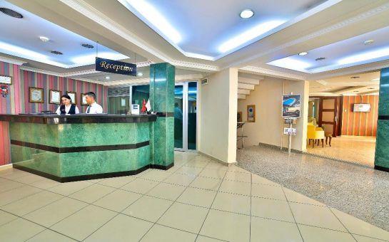 Beymarmara Suites Hotel Beylükdüzü'nde 2 Kişilik Konaklama ve Kahvaltı Seçenekleri