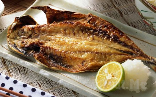 Muhteşem Boğaz Manzarası eşliğinde Leziz Tatlardan Oluşan 2 Kişilik Balık veya Köfte Menü