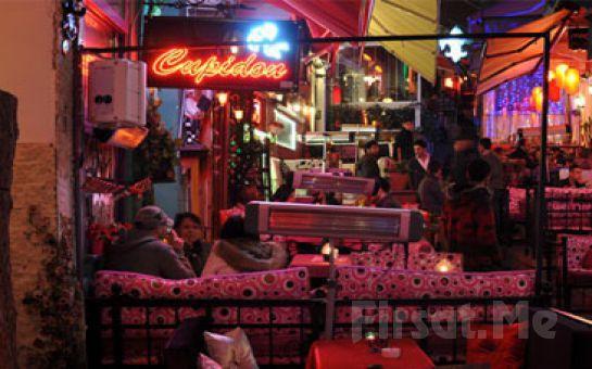 Fransız Sokağı, Cezayir Suites'te 2 Kişi, 1 Gece Konaklama + Eşsiz bir Kahvaltı!
