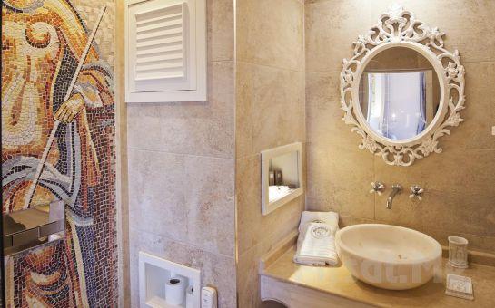 Selçuk Nea Efessos Hotel'de Konaklama ve Şirince Artemis Restaurant'ta Kahvaltı Fırsatı, Efes Turu Seçenekleri
