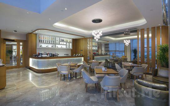 Tarihi Tuzla İçmeler Otel (Doubletree Hilton Tuzla Ek Bina)'da 2 Kişilik Konaklama Seçenekleri