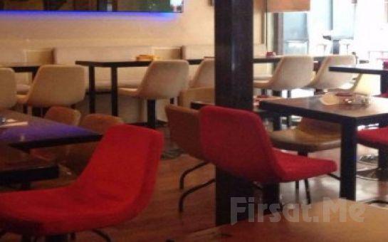 Ortaköy'ün İncisi Çerağ Cafe Bar'da Canlı Müzik Eşliğinde Sevgililer Günü Kutlaması