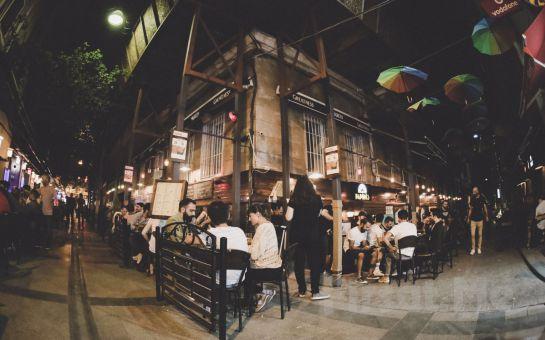 Papirüs Beyoğlu'nda Her Cuma Akşamı Dahil Doğaçlama Tiyatro ve Karaoke Eğlencesi