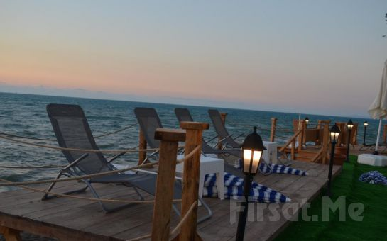Denize Sıfır Livadi Otel Akçakoca'da 2 Kişi 1 Gece Kahvaltı Dahil Konaklama Seçenekleri