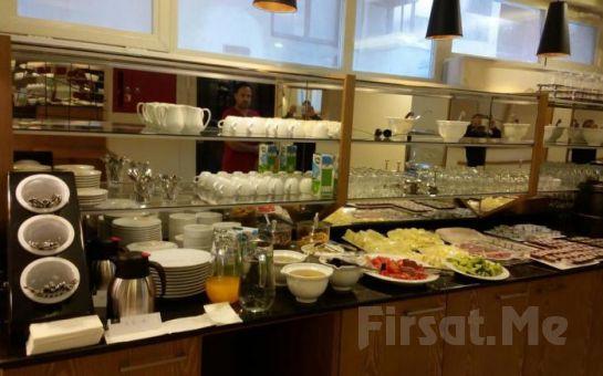 Molton Beyoglu MLS Hotel'de 2 Kişi 1 Gece Konaklama ve Kahvaltı Keyfi