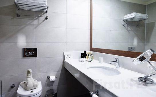 Beylikdüzü Euro Park Otel'in Şık ve Modern Odalarında Spa Kullanımı ve Kahvaltı Dahil Konaklama Seçenekleri