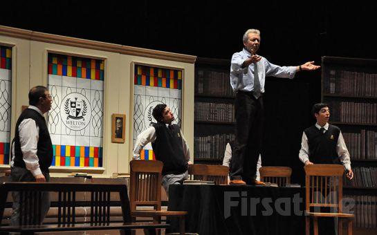 N.H. Kleinbaum'un Klasik Eseri Ölü Ozanlar Derneği Tiyatro Oyun Bileti