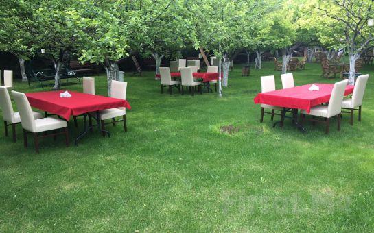 Gölbaşı Gold & Garden'da Kahvaltı Tabağı veya Serpme Kahvaltı Keyfi