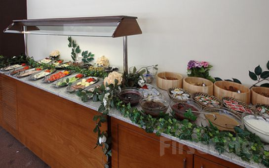 Adalar Manzaralı Dragos Resort Spa'da 2 Kişi 1 Gece Konaklama ve Kahvaltı Keyfi