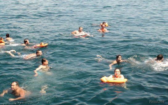 Lüks Yelkenli Gulet ile Boğazın Koylarında Yüzme Keyfi!