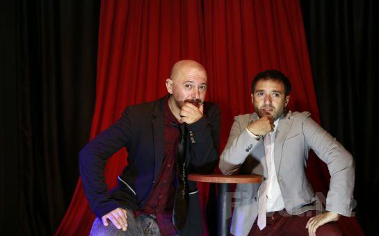 Alpay Erdem ve Barbaros Uzunöner'den Kahkaha Tufanı 'A+B' Stand-up Gösterisi
