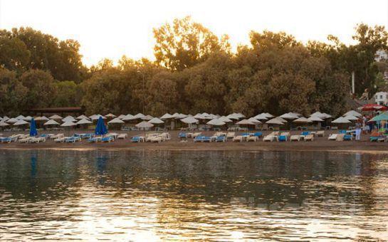 Bodrum SUNNY GARDEN NİLÜFER HOTEL' de 7 Gece 8 Gün Ulaşım Dahil Tatil