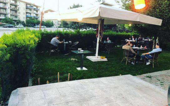 Başkent Cafe Bistro Eryaman'da 2 Kişilik Mangalda Köfte veya Tavuk Menüleri