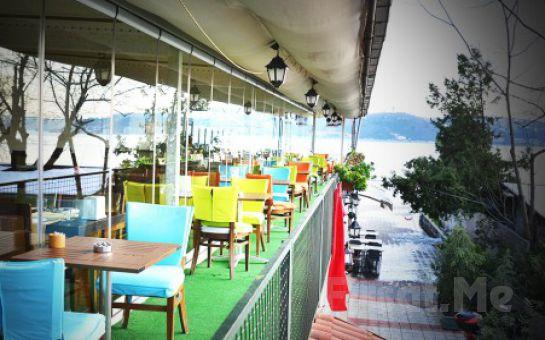 Yeniköy Yalı Cafe Restaurant'ta Boğaz Manzarası Eşliğinde Sevgililer Gününe Özel Akşam Yemeği