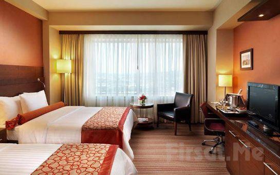 Sevgililer Gününe Özel Courtyard Marriott İstanbul Airport Hotel'de Deluxe Odalarda Çift Kişilik Konaklama Paketleri