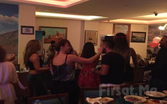 Kumkapı Hünkar Restaurant'ta Sevgililer Gününe Özel Yerli İçki Dahil Fasıllı Akşam yemeği