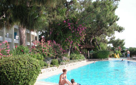 Kemer'de Denize Sıfır Beldibi Club Hotel Rama'da Herşey Dahil Tatil Fırsatı!