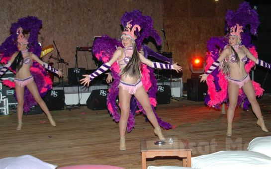 Bodrumun Maviliğinde Denize Sıfır Yaz Tatili! Mavi Kumsal Otel'de Yarım Pansiyon Tatil Fırsatı!