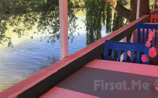 Ağva Sardunya Restaurant'ta Nehir Kenarında Serpme Köy Kahvaltısı