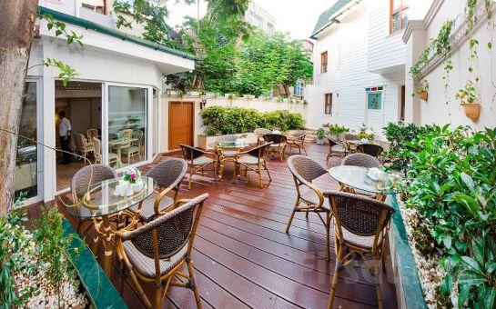 Sultanahmet Kupeli Palace Otel'de Standart Odalarda İki Kişilik Konaklama, Açık Büfe Kahvaltı Keyfi
